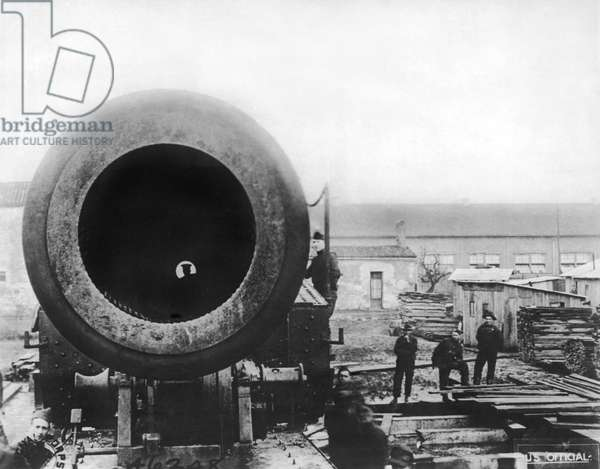 Muzzle Of A 14' Gun, United States, c.1919 (b/w photo)
