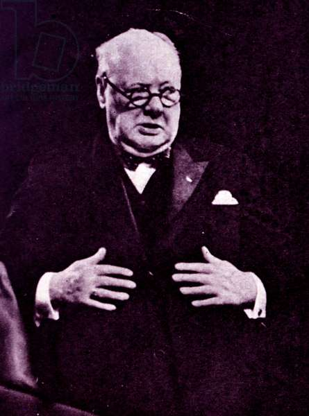 Winston Churchill giving his speech whilst inaugurating the congress of Europe.