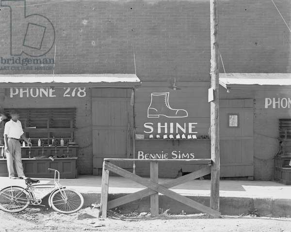 Bennie Sims New Orleans Shoe Shine Stand 1936 (photo)