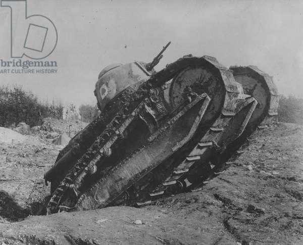 US tank, 1918 (b/w photo)