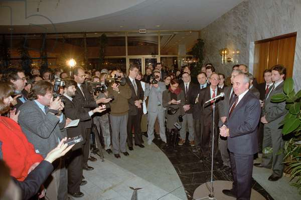 Moscow, Former Soviet President Mikhail S, Gorbachev Holds a Press Conference after his Resignation Announcement, December 29, 1991.