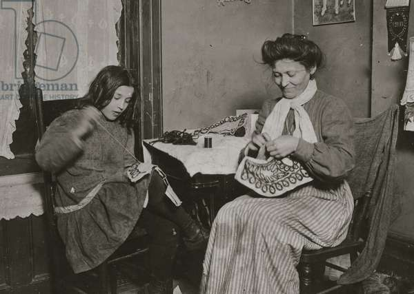 Making embroidery. Upper East Side, N.Y. City 1911 (photo)