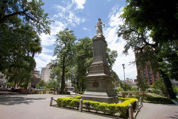 Plaza Independencia, San Miguel De Tucuman, Argentina (photo)