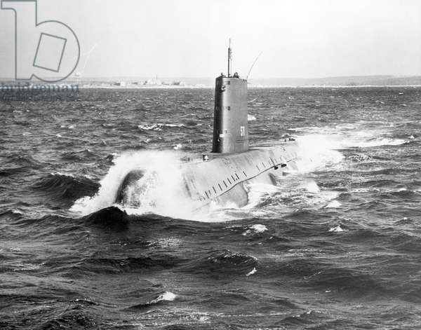 USS Nautilus, 1st Atomic power submarine (b/w photo)
