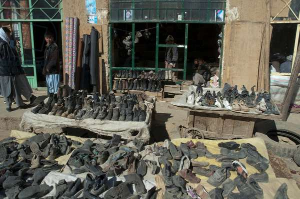 Shoe Store at the Bazaar in Bamiyan, Bamian Province, Afghanistan (photo)