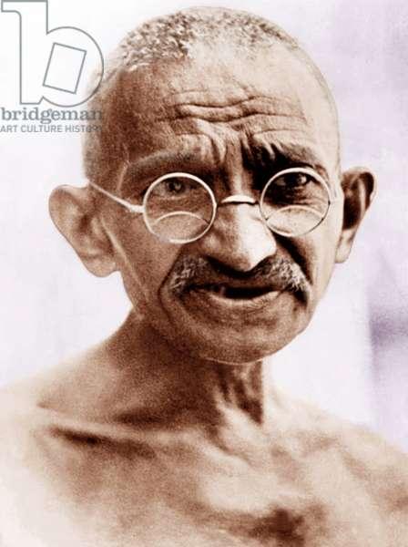 Mohandas Karamchand Gandhi dit Mahatma Gandhi (1869-1948), leader politique et spirituel indien durant la marche du sel, mars avril 1930 - Mahatma Gandhi during Salt Satyagraha, March/April 1930. ©Dinodia/Uig/Leemage