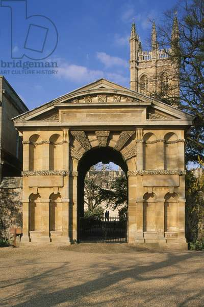 Great Britain, England, Oxfordshire, Oxford, arched gate of the University of Oxford Botanic Garden