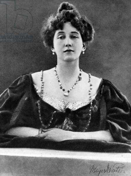 Portrait of Mrs George Batten