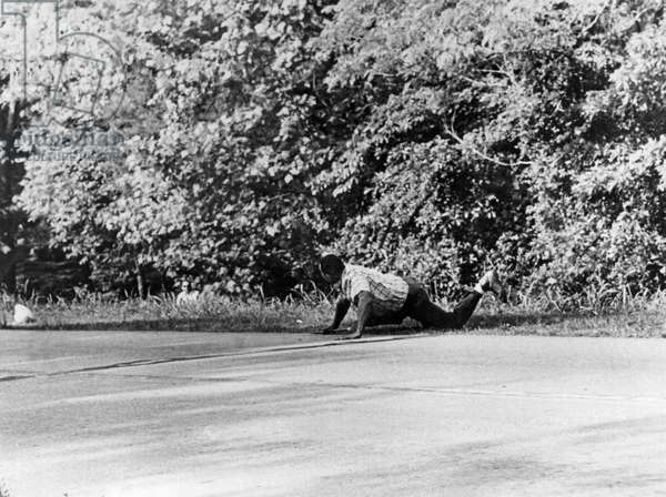 Norvell Ambushes Meredith, Hernandos, Mississippi, June 6, 1966 (b/w photo)