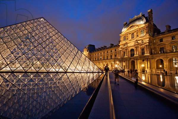 Louvre Pyramid by the Architect I.M. Pei and Richelieu Wing of the Louvre Museum at Night, Paris, France (photo)