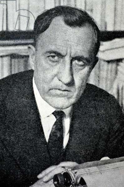 Spanish civil war: Maeztu y Whitney (May 4, 1875 - October 29, 1936 ), Spanish political theorist, journalist, literary critic