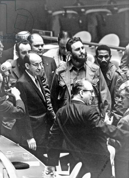 Fidel Castro visits the United Nations building in New York, 1959