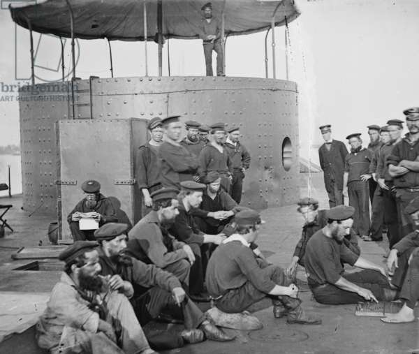 Union Navy Sailors relax on Board a Monitor Vessel 1864 (photo)