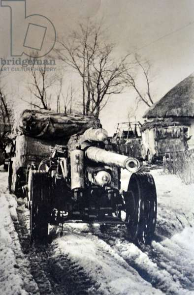 World War Two: German artillery taken to the front at the Dnieper River 1941