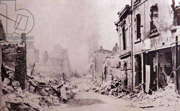 Destruction of a Belgian town at the beginning of World War One.