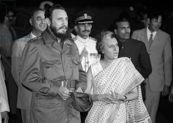 Fidel Castro and Prime Minister Indira Gandhi of India, meeting at the 7th Non-Aligned Movement summit in Delhi, 1983