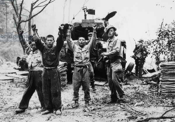 US Marines capturing North Korean Prisoners of War