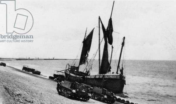 Dunkirk Evacuation, May 1940 (b/w photo)