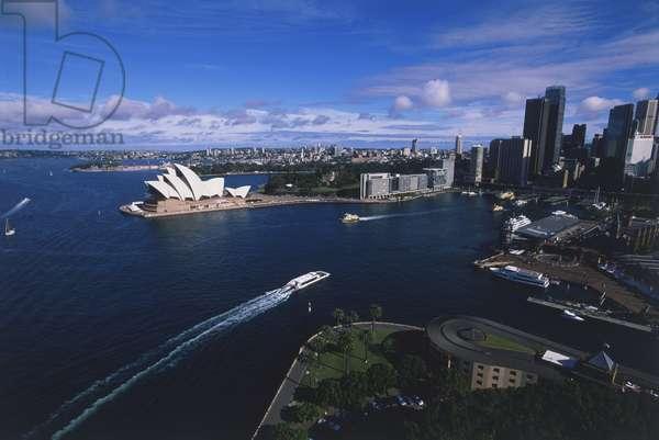 Australia, Sydney, view of Sydney Harbour and Sydney Opera House