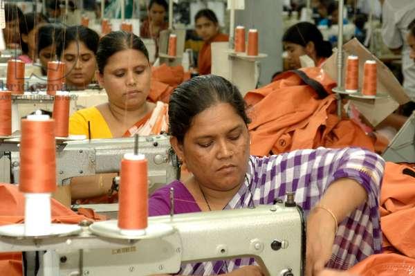 Garment workers. Savar, Bangladesh, June 2006.  (photo)