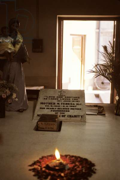 India, Calcutta. Mother Teresa'S Shrine.