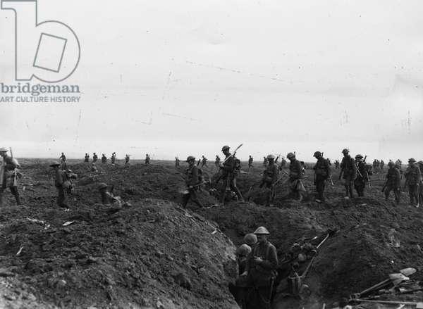 Battle of Flers-Courcelette, 1916 (b/w photo)