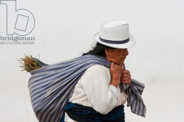 Indian Woman, Cuenca, Azuay, Ecuador (photo)