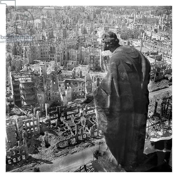 Dresden in ruins after Allied bombings, February 1945 (b/w photo)