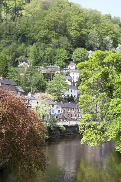 Peak District: MATLOCK BATH: View from River Derwent