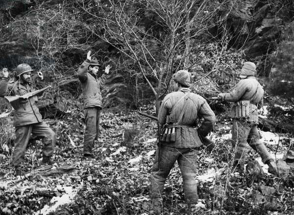 Korean War. American soldiers surrendering to Chinese People's Volunteers