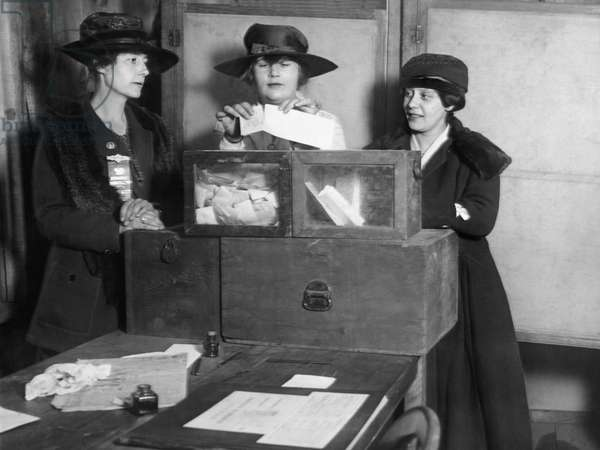 Women Voting In New York City (b/w photo)