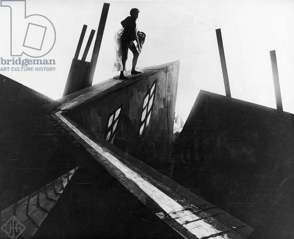 ' The Cabinet of Dr Caligari' 1919. German silent film. Director: Robert Wiene. Cesare (Conrad Veidt) making off with Jane (Lil Dagover)