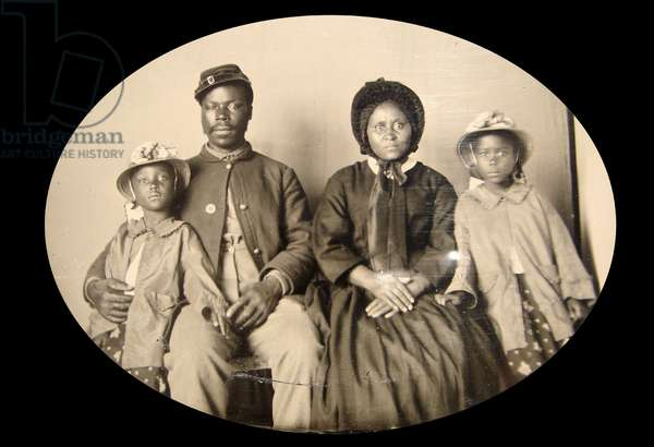 African American, Civil War, Union soldier with his family