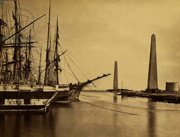 Suez canal entrance at Port Said 1865 (photo)