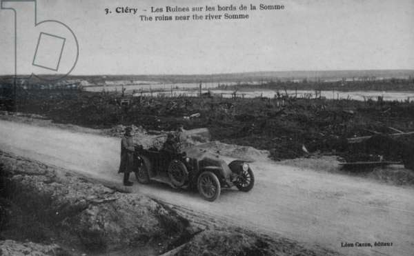 The ruins near the river Somme, 1916 (b/w photo)