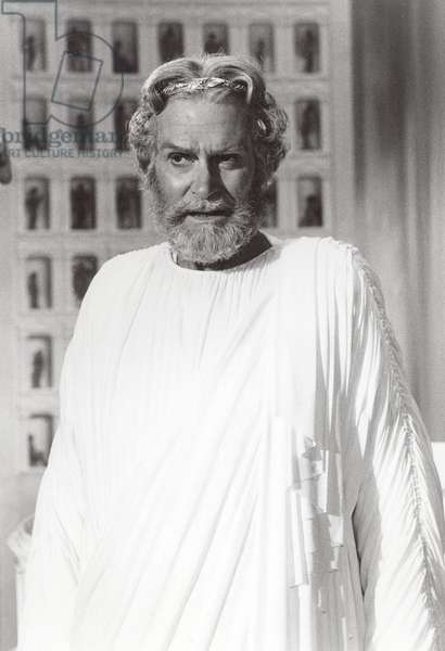Laurence Olivier (1907-1989) English actor, producer and director. Still of Olivier as the god Zeus from the 1981 film Clash of the Titans. MGM.