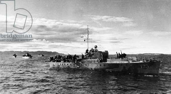 Northern Fleet, Soviet Submarine Chasers Patrolling in the Berents Sea, November 1942.