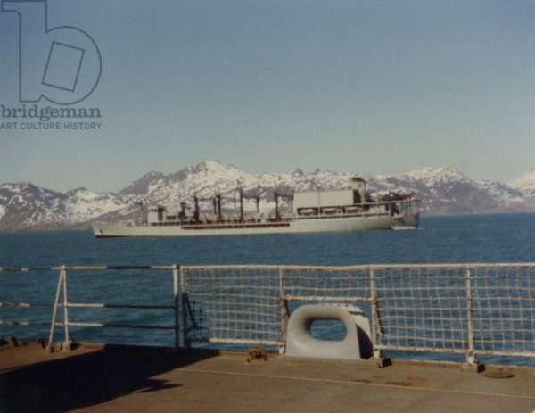 Ships in the Falklands War, 1982 (photo)