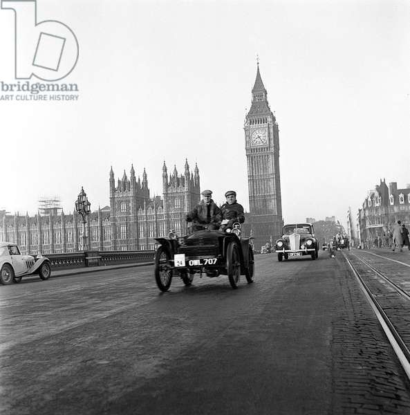 London to Brighton Vintage Car Run, 1949 (b/w photo)