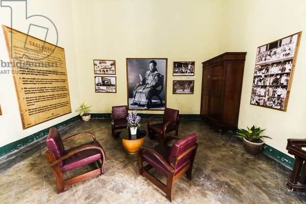 Sitting room in Tjong A Fie Mansion, Medan, North Sumatra, Indonesia (photo)