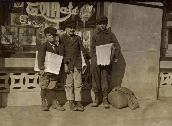 Irish Brothers & friend sell newspapers in Oklahoma City 1917 (photo)