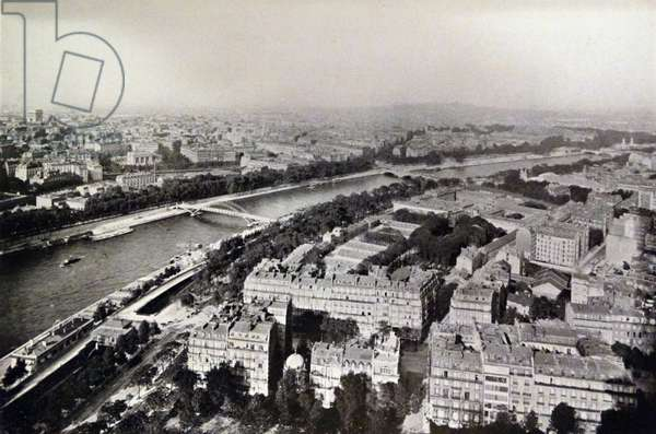 A view of Paris from the Eiffel Tower