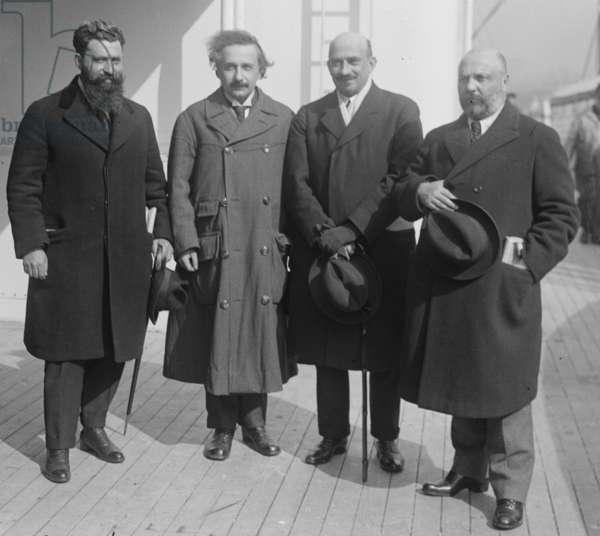 Mossessohn, Chaim Weizman, Albert Einstein, Ussischkin (photo)