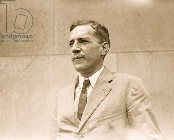 Upton Sinclair (photo)