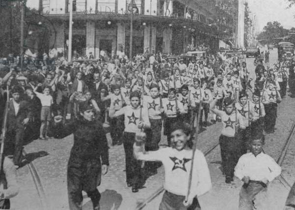 Communist youth march in Madrid during the Spanish Civil War