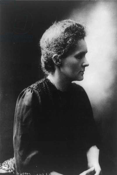 Marie Sklodowska-Curie, 1910