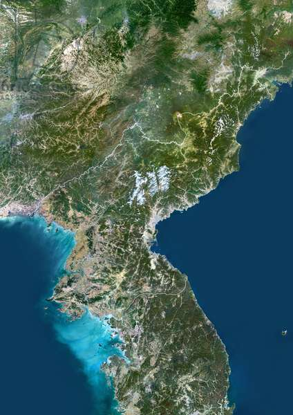 North Korea, Asia, True Colour Satellite Image With Border. Satellite view of North Korea (with border). This image was compiled from data acquired by LANDSAT 5 & 7 satellites ©Planet Observer/UIG/Leemage