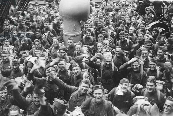 Happy  WWI Marines Return, United States, c.1919 (b/w photo)