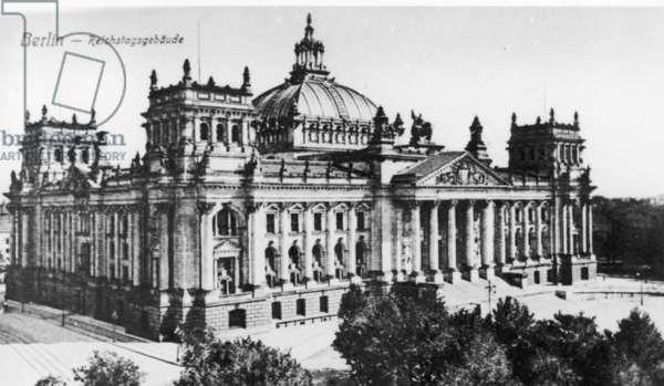 Reichstag, 1916 (b/w photo)