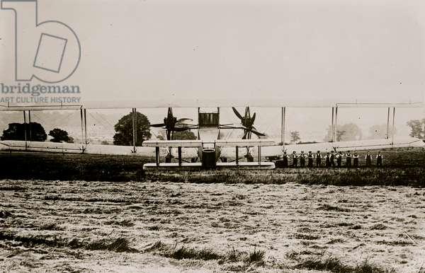 British Handley Page (photo)